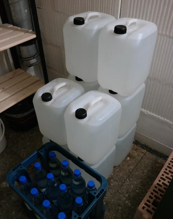 Trinkwasservorrat, platzsparend, günstig, lange haltbar, perfekt