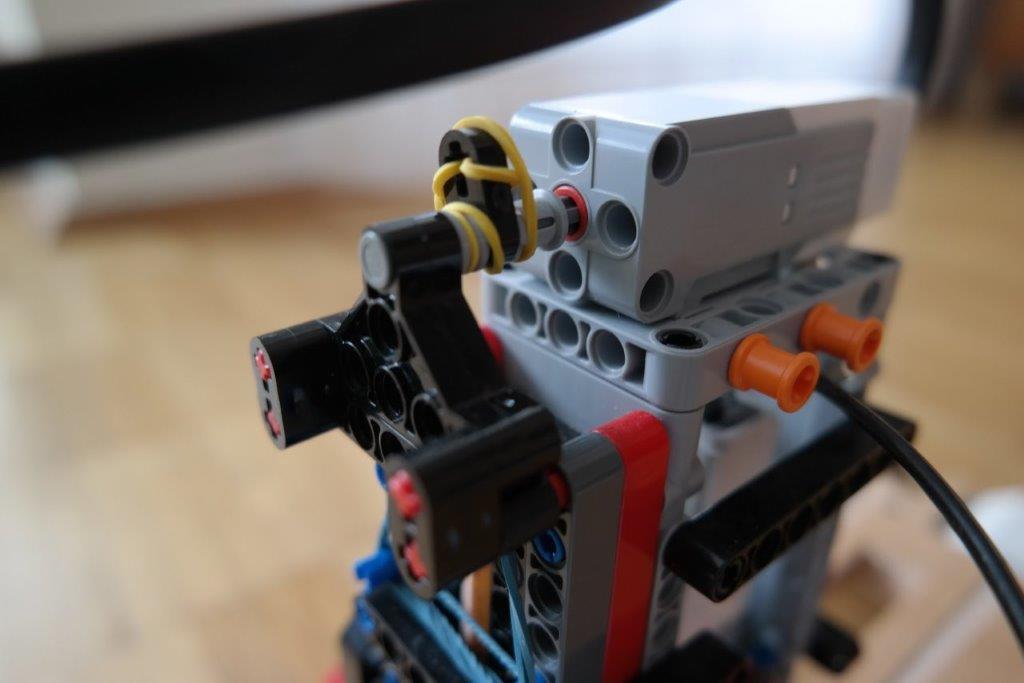 LEGO-EV3-MINDSTORMS-MAL-ROBOTER-CNC_DETAILS_08