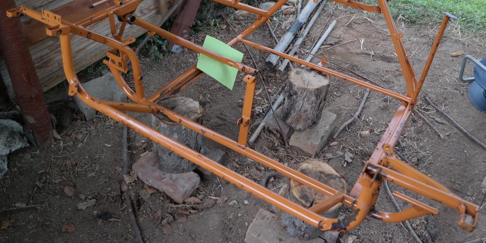 RESTAURATION Schritt 3: Rahmen putzen und konservieren